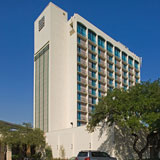 <b>Four Points by Sheraton Houston</b><br>10655 Katy Freeway<br /> Houston, TX 77024<br /> 130,000 square feet<br /> Morris Architects